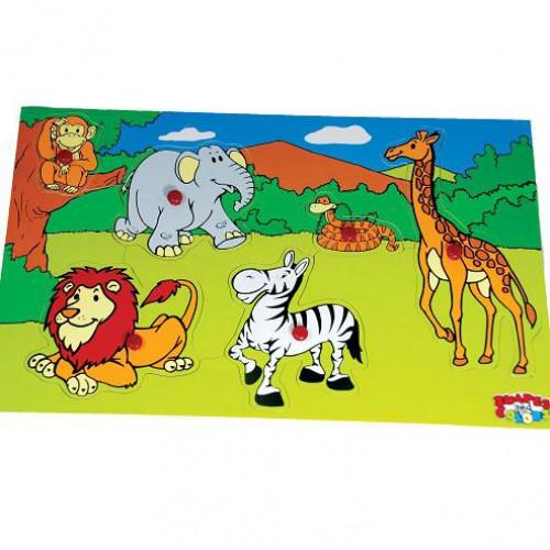 لوحة حيوانات الغابة الخشبية