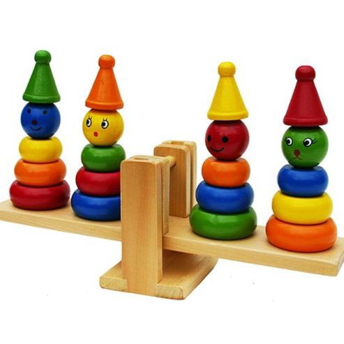 لعبة الموازنة الخشبية
